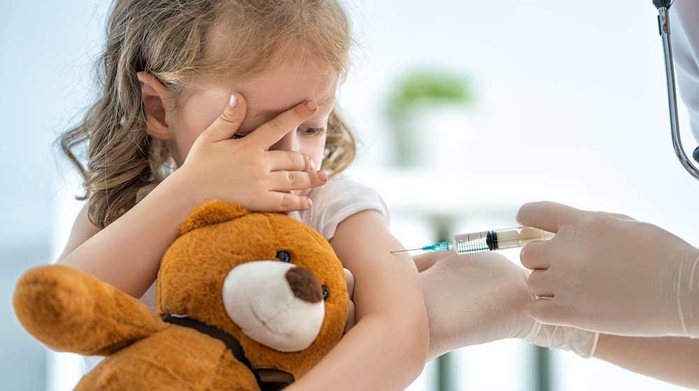 Frau Dr. Amelie Erbler - Kinderärztin in Düsseldorf gibt Tipps zu Methoden der Grippeimpfung bei Kindern
